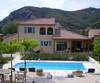 Villa 27 achterkant met zwembad
