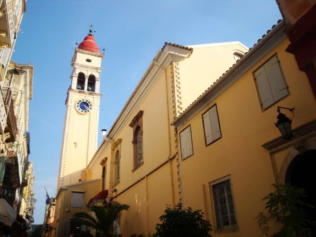 Agios Spyridon kerk