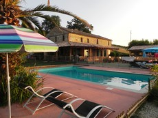Bed and Breakfast Villa Bionda (+ minicamping)