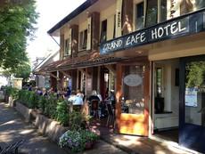Hotel Grand Cafe Kruller