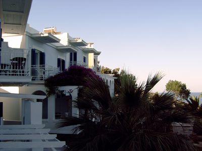 Hotel Aneroussa Beach