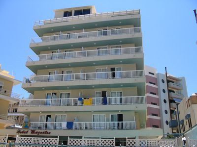 Aparthotel Majestic