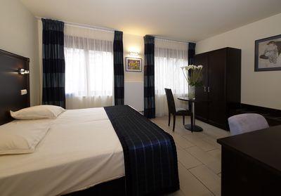 Hotel Jose