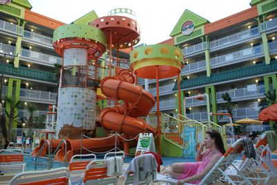 Hotel Nickelodeon Family Suites By Holiday Inn