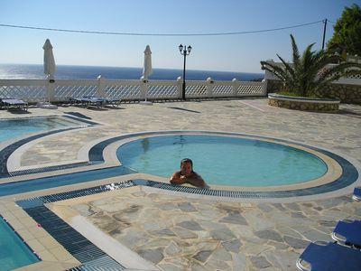 Hotel Amoopi Bay