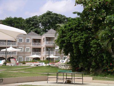 Hotel Couples Sans Souci Resort & Spa