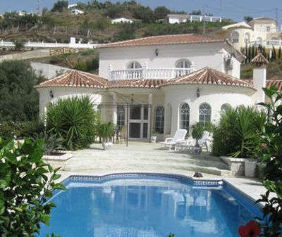 Bed and Breakfast Villa Luctor et Emergo