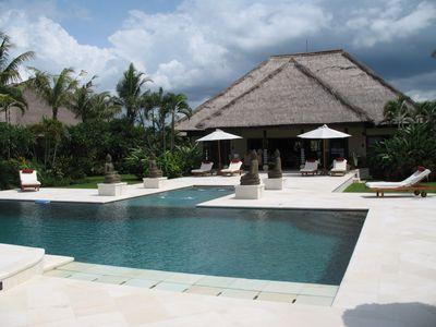 Villa Loka Residence