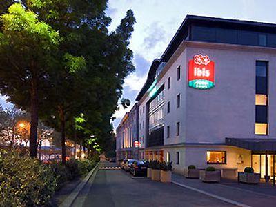 Hotel Ibis Rouen Champ De Mars