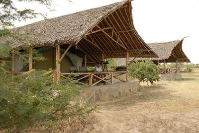 Hotel Satao Rock Camp