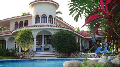 Hotel Lifestyle Crown Villas