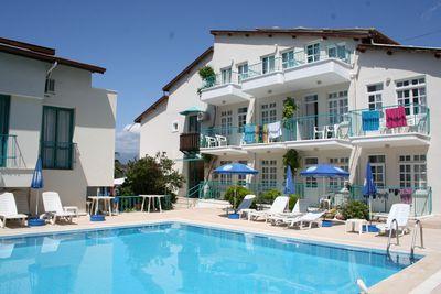 Hostel V-GO's Hotel & Guesthouse