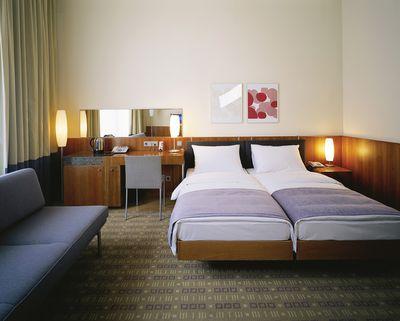 Hotel K+K Central