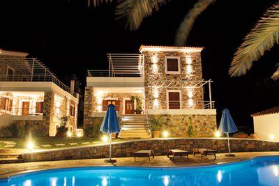 Villa Sellados Beach Villas