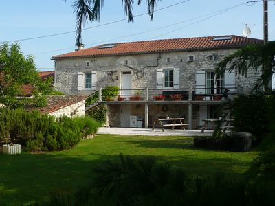 Bed and Breakfast Les Moustans (+ Gîtes)