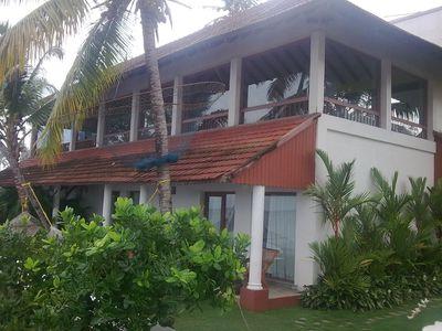 Hotel Lemon Tree Vembanad Lake Resort