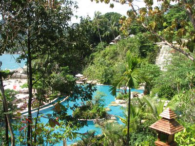 Hotel Santhiya Resort and Spa