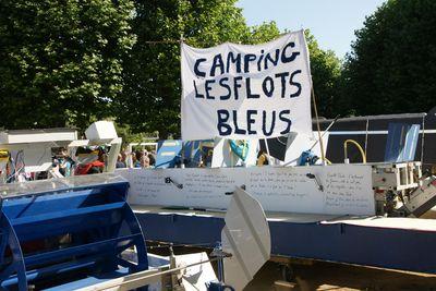 Camping Les Flots Bleus