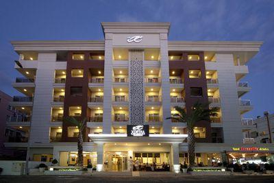 Hotel Xperia Grand Bali