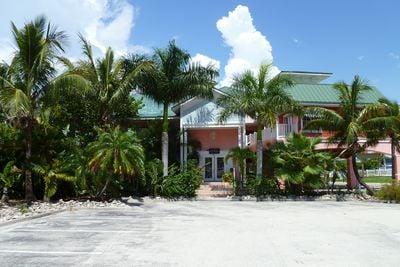 Hotel Lighthouse Resort Inn & Suites