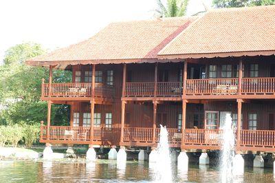 Hotel Meritus Pelangi Beach Resort