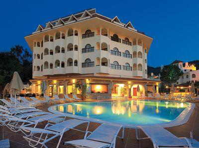 Hotel Fortuna Beach