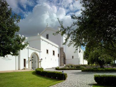 Hotel Convento do Espinheiro Heritage & Spa