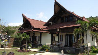 Hotel Tradisi Beach-Front Villas