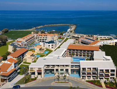 Aparthotel Porto Platanias Beach Resort & Spa