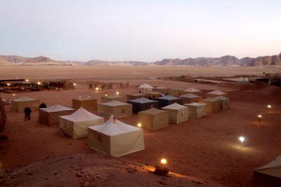 Camping Caravans Camp