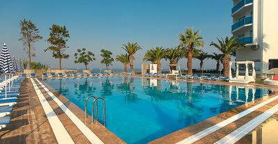 Hotel Le Bleu Hotel & Resort