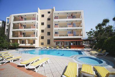 Aparthotel Pavlos
