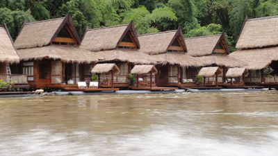 Hotel River Kwai Jungle Rafts Resort