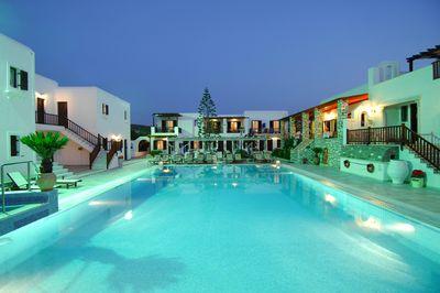 Hotel Contaratos Beach