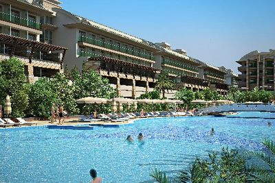Hotel Crystal Waterworld Resort