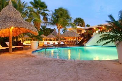 Villa Papagayo Beach Resort