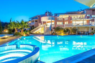 Aparthotel Belvedere & Luxury Suites