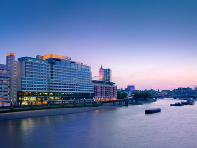 Hotel Sea Containers London