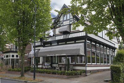 Hotel Zenzez Hotel & Lounge
