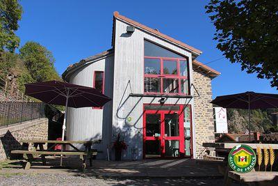Hostel La Cabourne