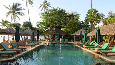 Hotel Friendship Beach Resort & Atmanjai Wellness Centre