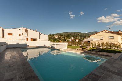 Hotel The Florence Hills Luxury Resort