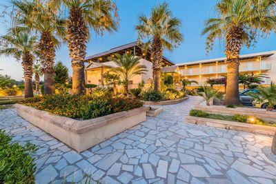 Hotel Olive Garden