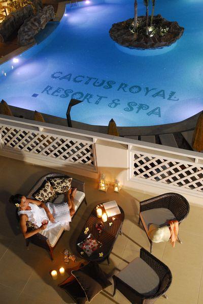 Hotel Cactus Royal