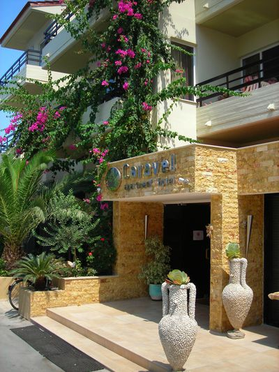 Aparthotel Caravel