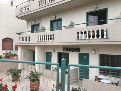 Hotel Theoni