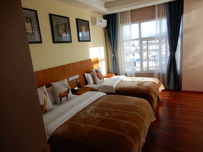 Hotel Lijiang Sheepherder
