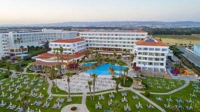 Hotel SENTIDO Cypria Bay to Leonardo Cypria Bay – Family Resort
