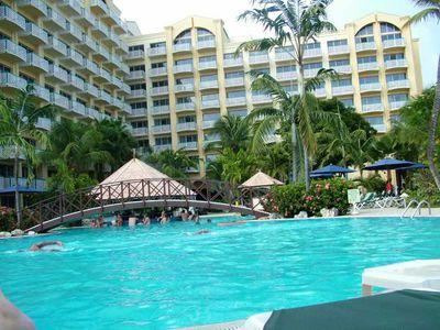Hotel Sonesta Maho Beach Resort