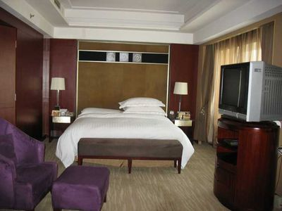 Hotel Sofitel Xian on Renmin Square